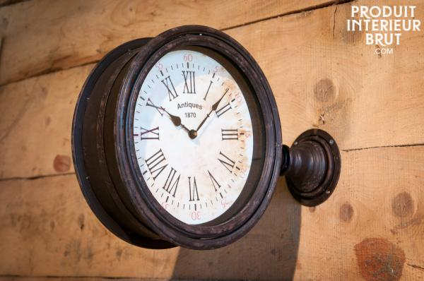 Décoration rétro avec cette horloge de quai – Produit Intérieur Brut